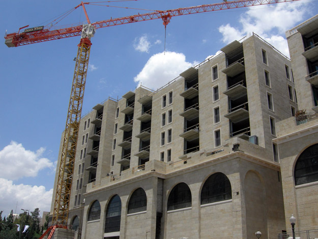 New construction in western Jerusalem using Jerusalem Stone.