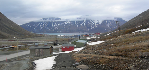 "View from my room in a ""guesthouse"" a few long kilometers south of Longyearbyen."
