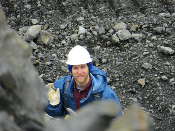 Alex ('14, Wooster) describes a volcanic breccia unit.