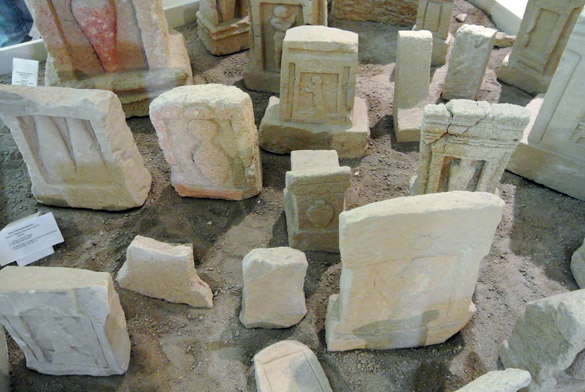 3. Necropolis Mozia 060813