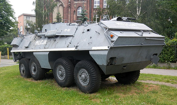 Militia vehicle 061414