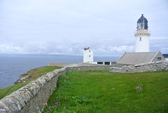 2 Dunnet Head lighthouse