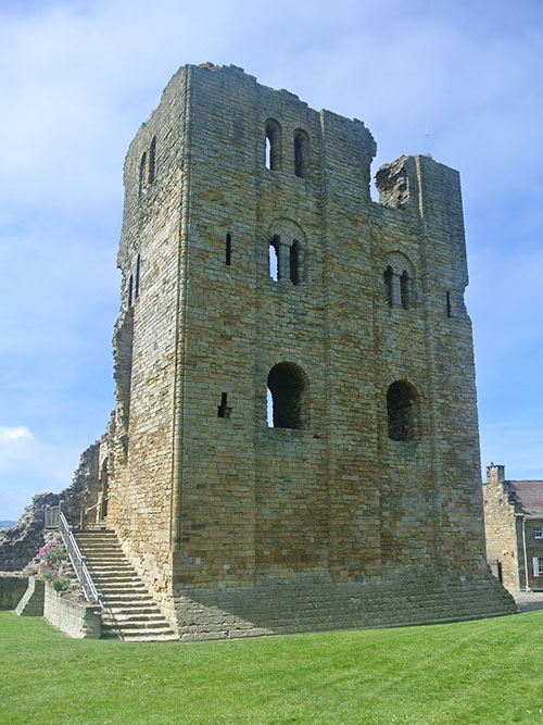 4 Scarborough castle keep
