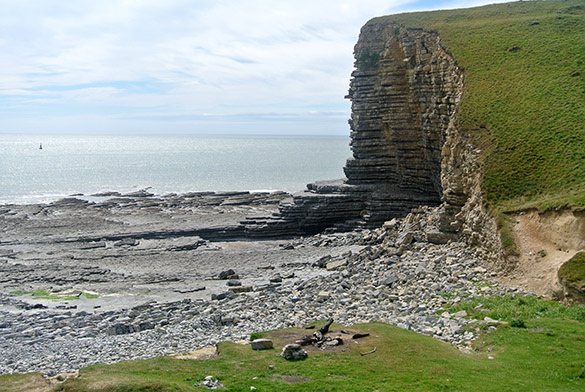 8 Nash Point view