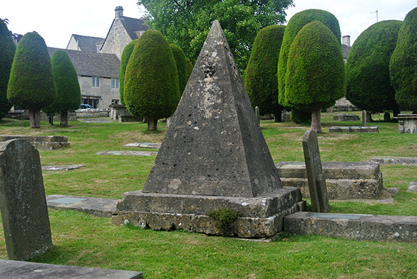 9 Painswick church pyramid marker