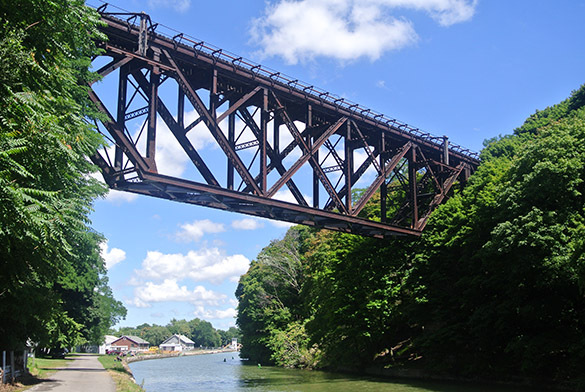 10 Upside-down railroad bridge