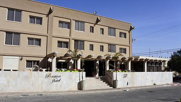 Hotel MR 031916