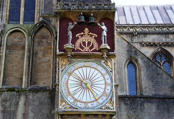 9 Wells Clock