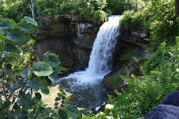 7 Minnehaha Falls